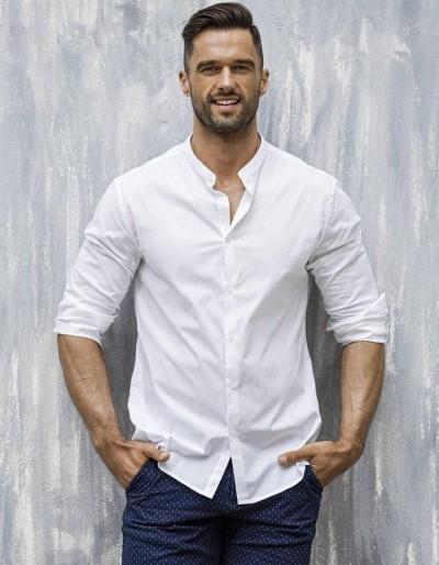 Bílé pánské elegantní tričko DX1585